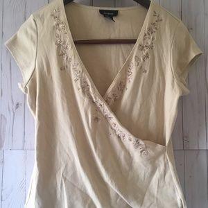 EXPRESS Women's Beige Embroidered V-Neck T-Shirt
